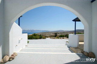 milos apartments sarakiniko view