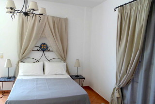 double room sarakiniko view room